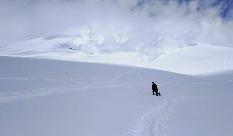 Asahidake snowshoeing