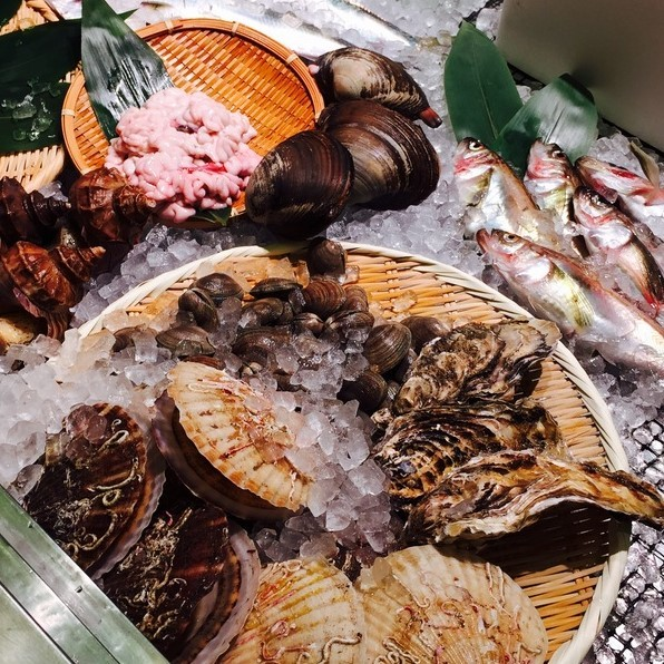 Fresh seafood at Samurai Fishmongers & Bar is sourced directly from Otaru Fish Market and Suttsu Fishing Port.